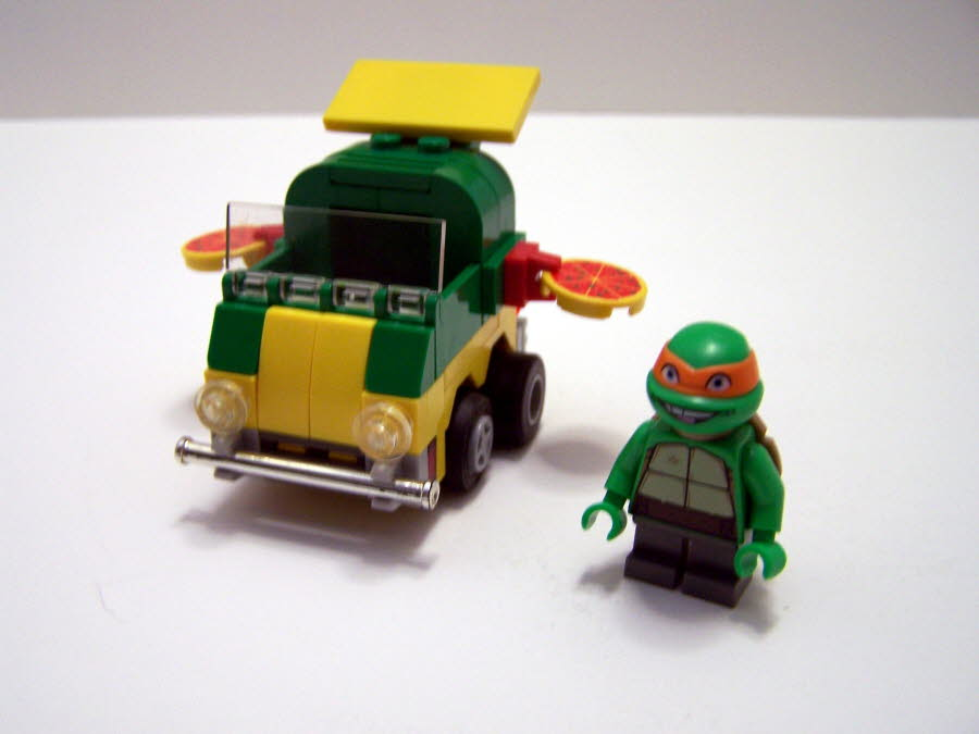 Mighty Micro Turtles Pizza Wagon Mikey